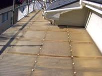 交換前のベランダ屋根波板